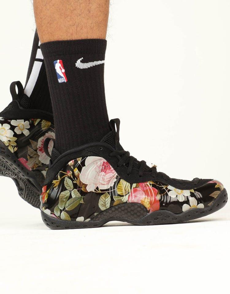 14ba082b22a57 Nike AIR FOAMPOSITE ONE Black Black White – Culture Kings