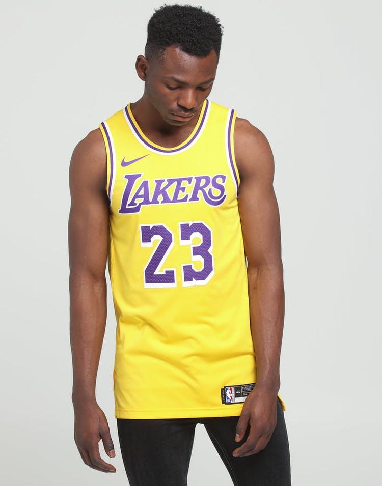 sports shoes d266e 92f04 Nike Los Angeles Lakers LeBron James #23 Icon Edition Swingman Jersey  Amarillo