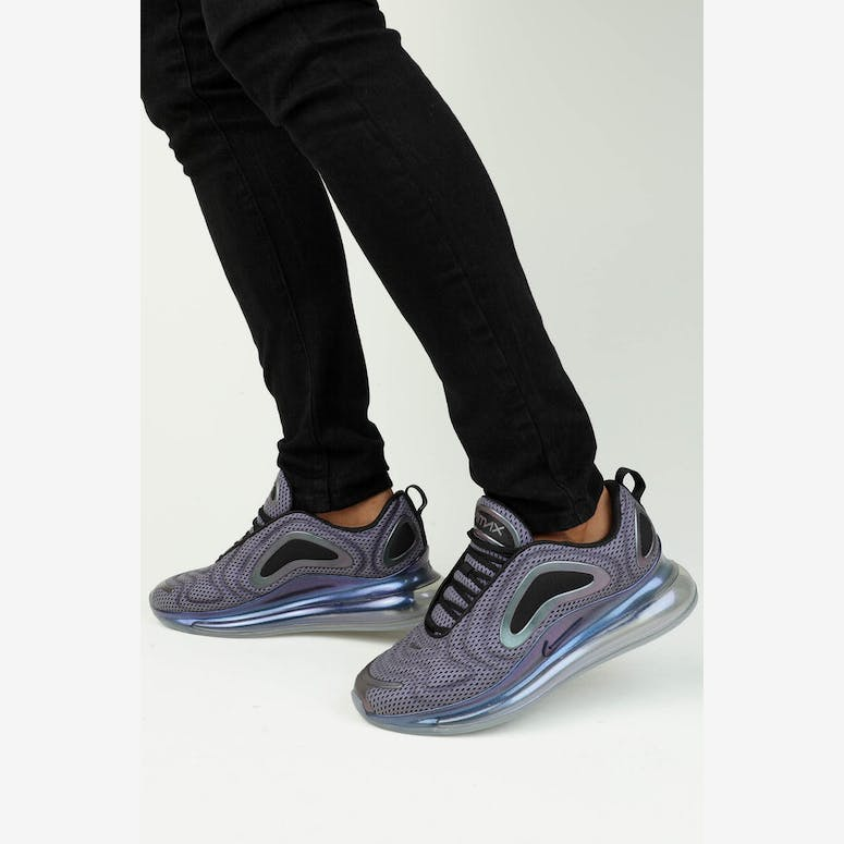 Nike Air Max 720 OG Silver Black Metallic – Culture Kings c67521d4d