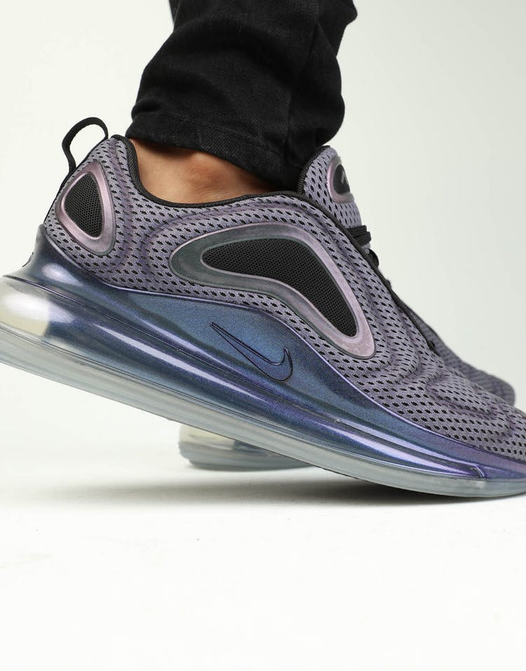 competitive price d3cc1 be32e Nike Air Max 720 OG Silver Black Metallic