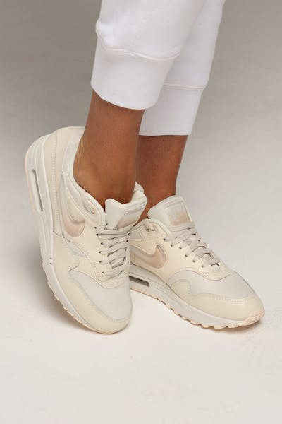 reputable site 53977 f0f7e Nike Air Max 1 JP Ivory