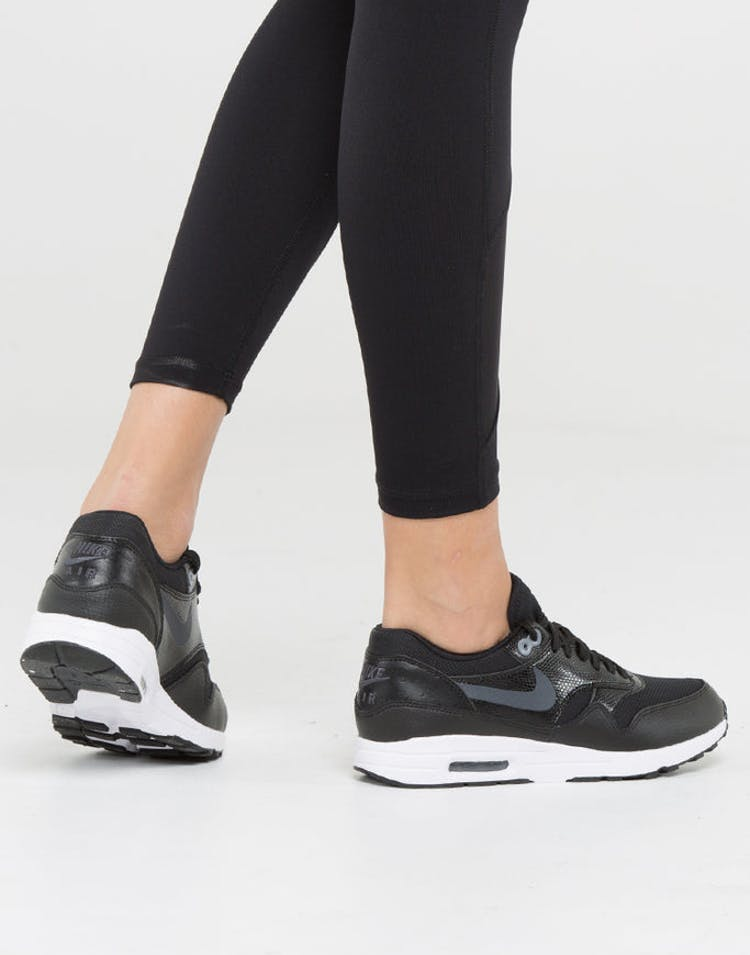 detailed look 9e3e3 a1476 Nike Women s Air Max 1 Ultra 2.0 Black White