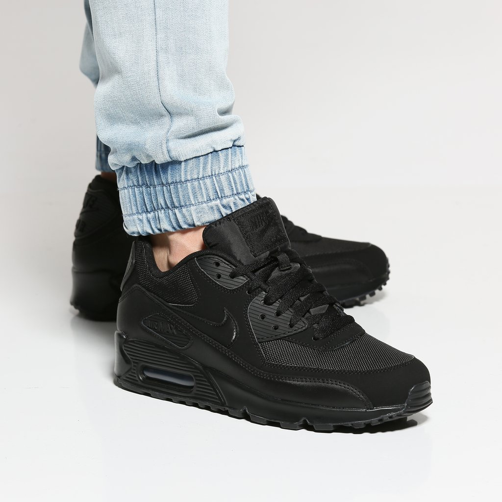 nike air max 90 essential trainers, Nike Air Max Danmark Ltd