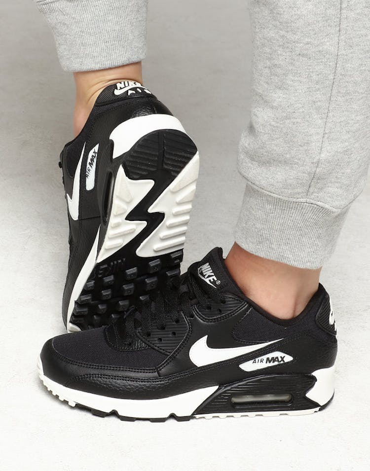 purchase cheap 59c06 b8257 Nike Women s Air Max 90 Black White Black – Culture Kings