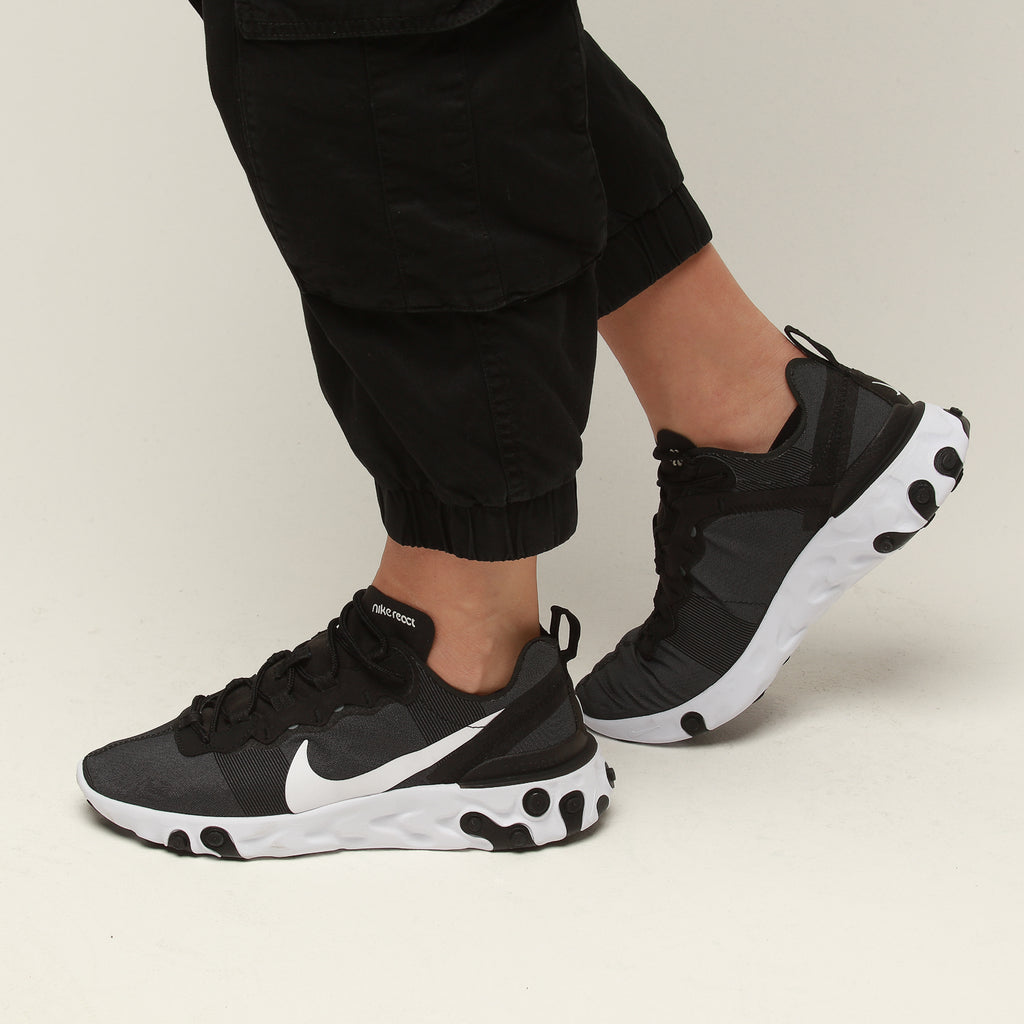 Nike Women's React Element 55 BlackWhite