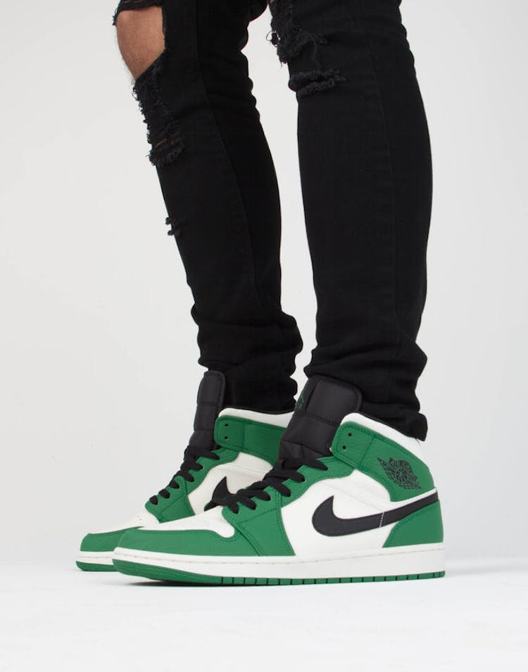 low priced a5725 f8d2a Jordan Air Jordan 1 Mid SE Green Black – Culture Kings
