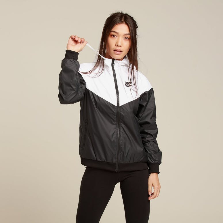 Nike Women's Sportswear Windrunner Black/White/White