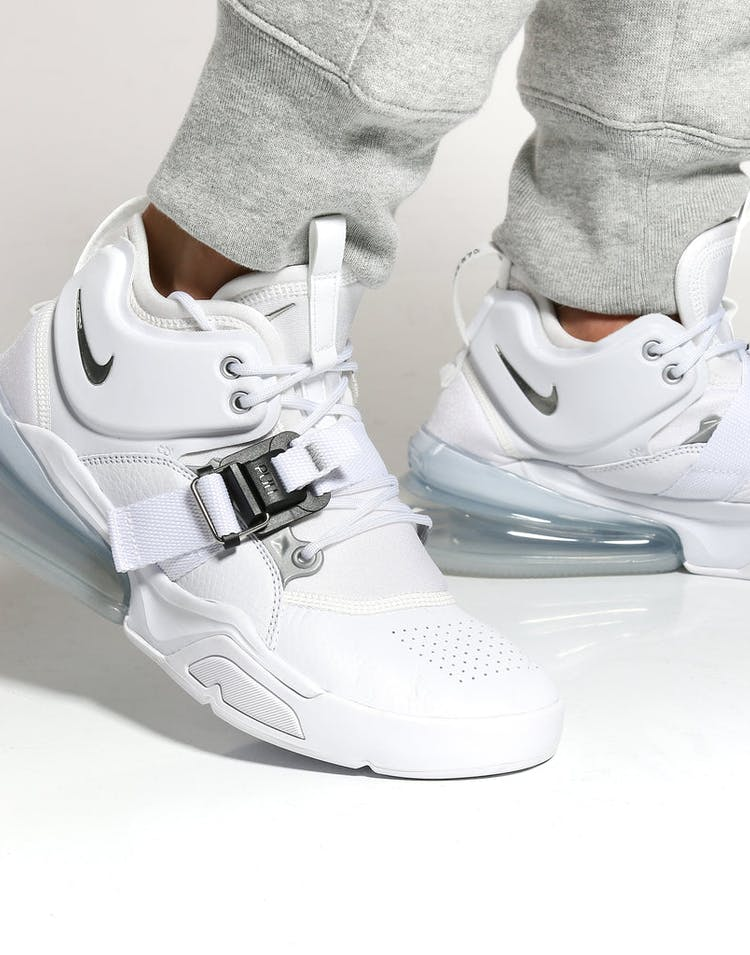 new arrival 9f4f8 c2168 Nike Air Force 270 White/Silver