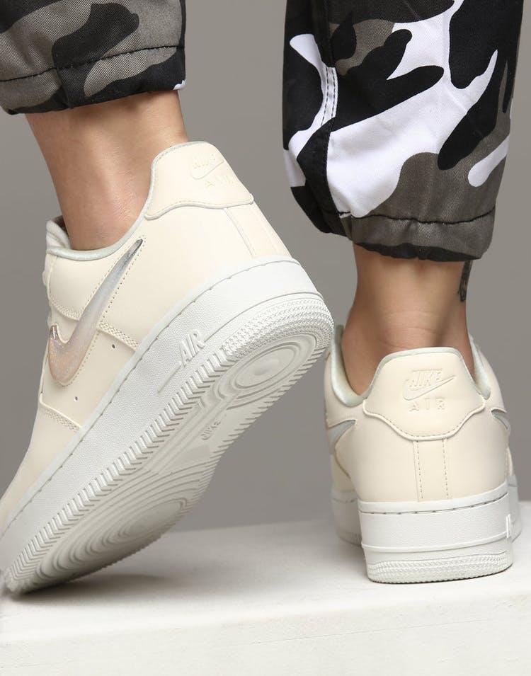 cheap for discount 0998c a18ad Nike Women s Air Force 1  07 SE Premium Off White White