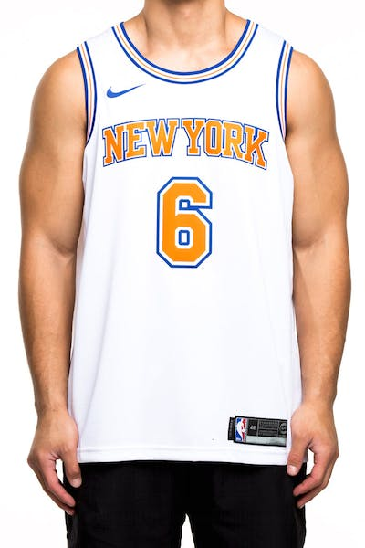 Nike New York Knicks #6 Kristaps Porziņģis Alternate Swingman Jersey White