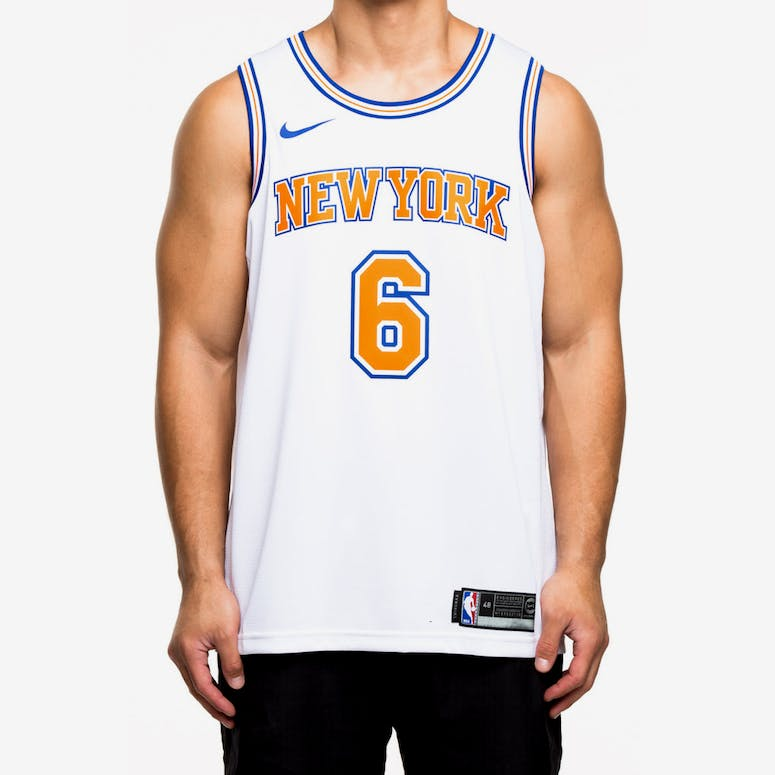 Nike New York Knicks  6 Kristaps Porziņģis Alternate Swingman Jersey W –  Culture Kings 04e004138