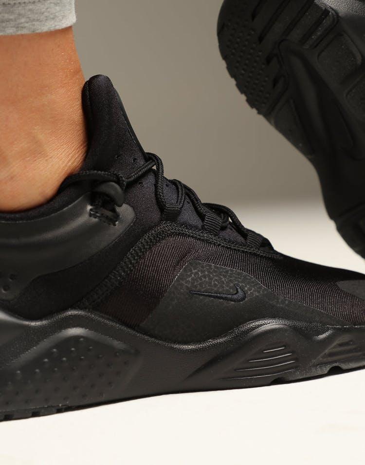 the best attitude 557df 3e50f Nike Women s Air Huarache City Move Black Black White