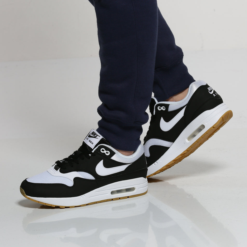 huge selection of 58de5 ddc69 ... promo code for nike womens air max 1 black white gum 01ac8 fe0cd