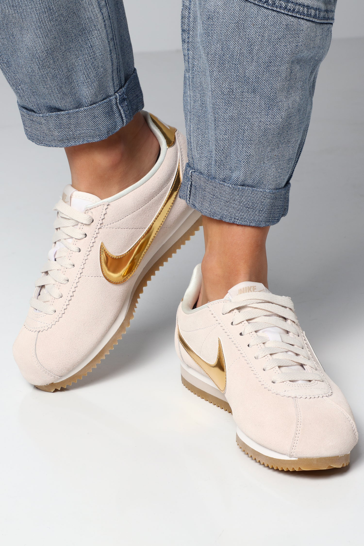 Nike Inflict 3 Limited Edition WhiteMetallic Gold