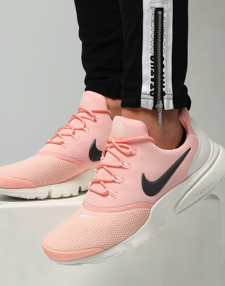 best authentic 5be6d d8ed6 Nike Women's Presto Fly Pink/Anthracite/White