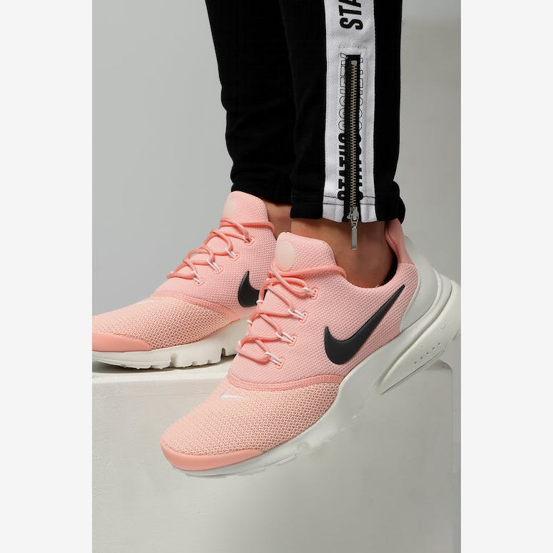 497024cd7b6936 Nike Women s Presto Fly Pink Anthracite White – Culture Kings