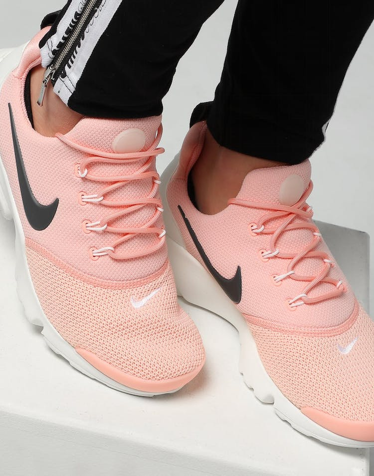 best authentic 7fd68 07df9 Nike Women's Presto Fly Pink/Anthracite/White