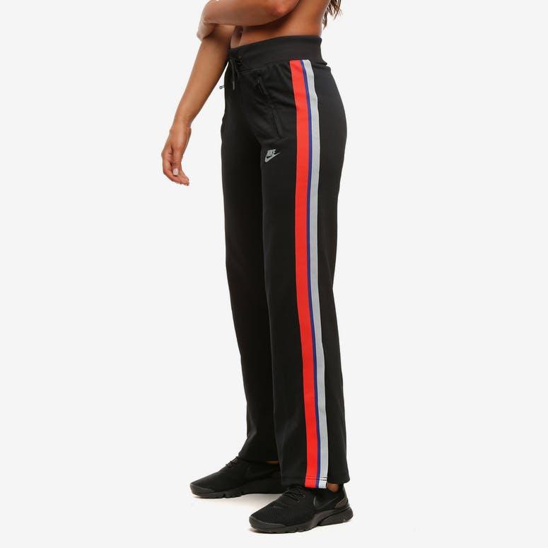 Nike Women s Sportswear Pants Black – Culture Kings 179c1ee78a