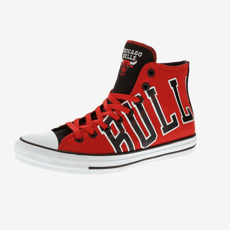 1ed460849799 Converse X NBA Chuck Taylor All Star Hi Chicago Bulls Red