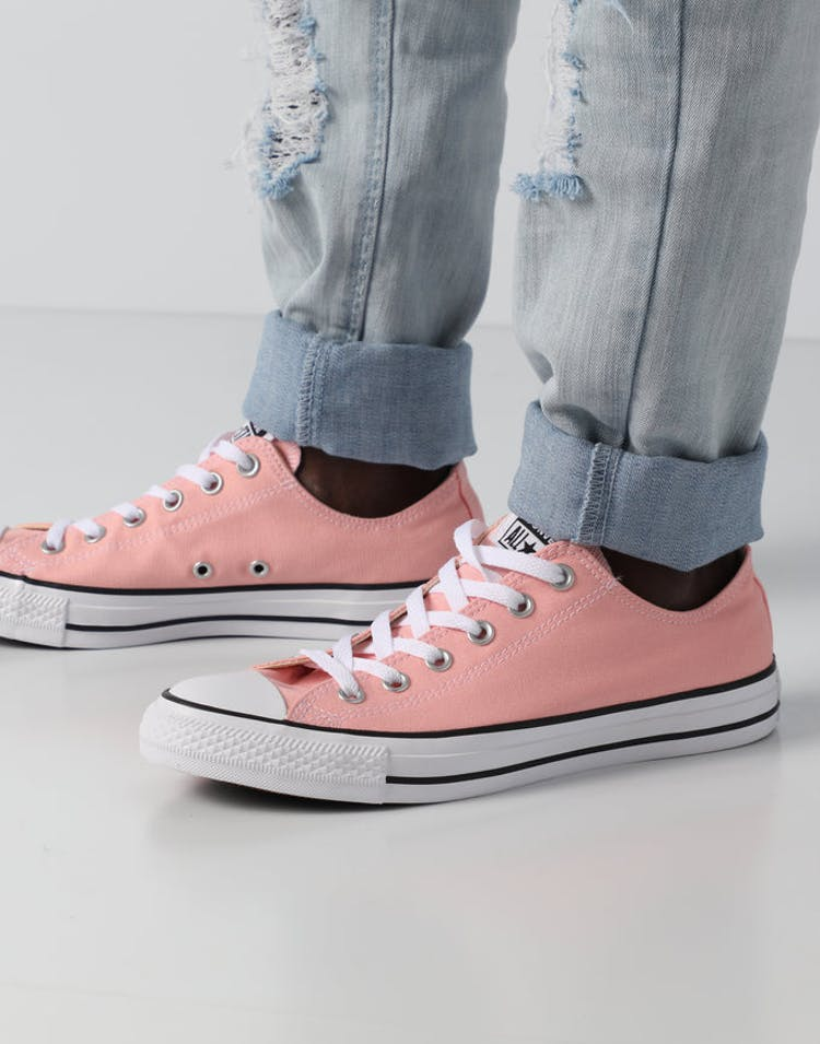 6b7c5b57a92c Converse Chuck Taylor All Star Low Pink White Black