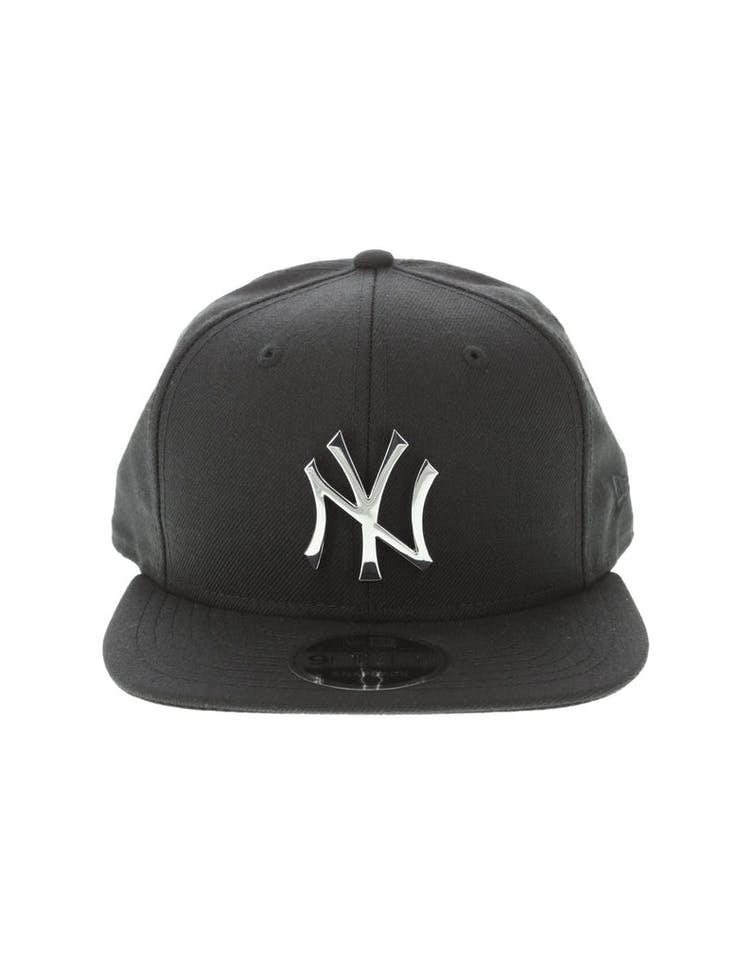 9b5c5a3dbe490 New Era New York Yankees Metal 9FIFTY Snapback Black Silver – Culture Kings