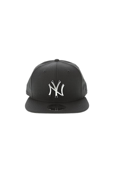 New Era New York Yankees Metal 950 Snapback Black/Silver