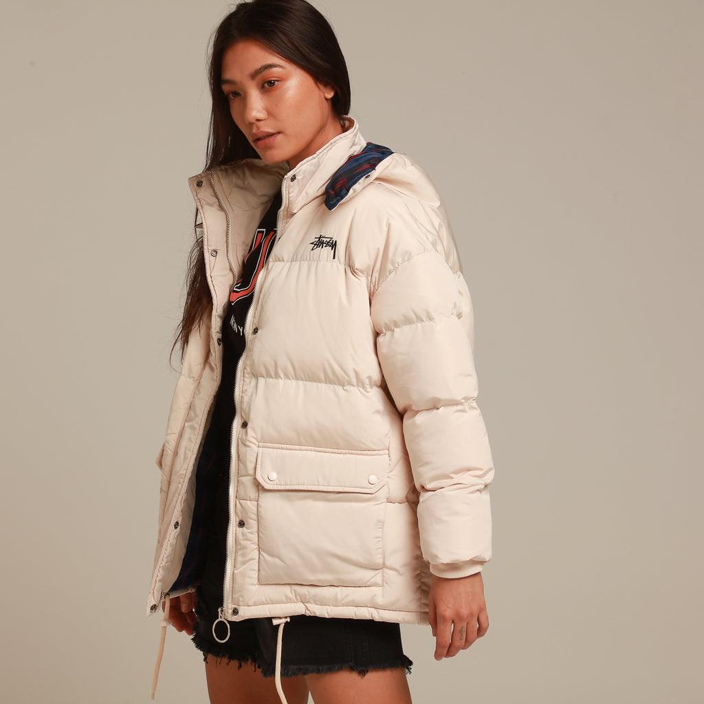 Stussy Women's Tribe Puffa Jacket White/Sand