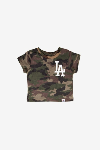 Majestic Athletic Infant Los Angeles Dodgers Team Logo Tee Camo/White