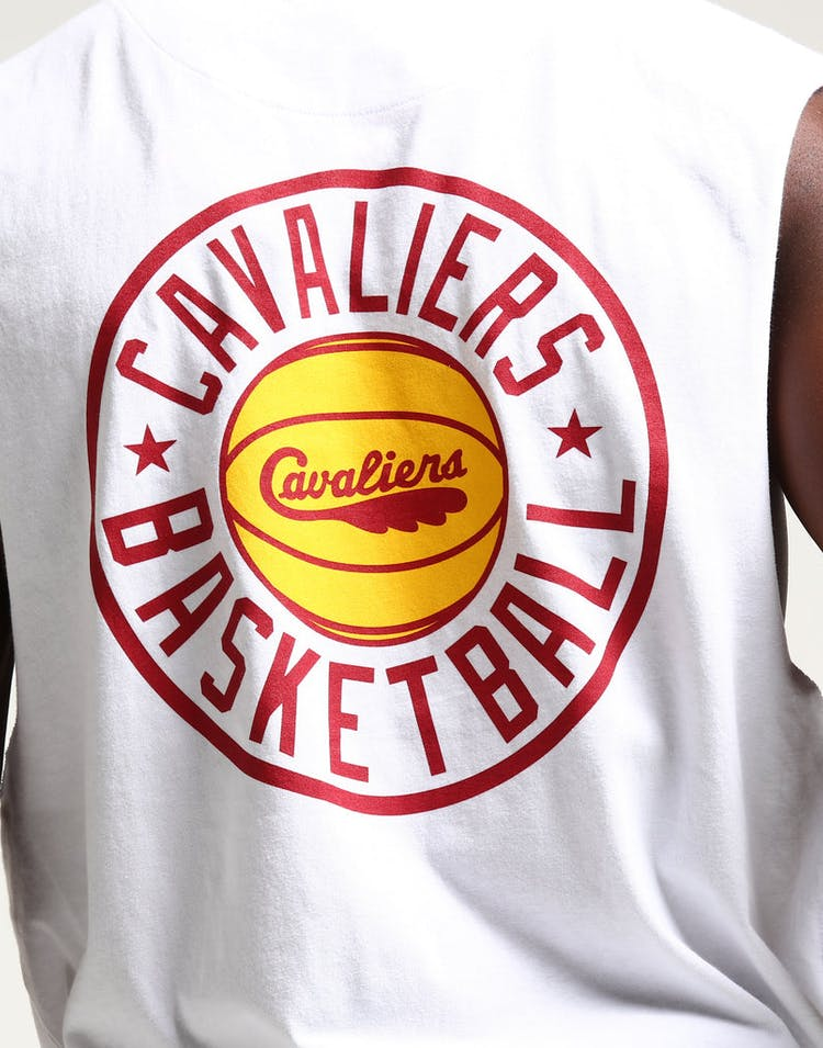 Mitchell & Ness Cleveland Cavaliers Full Circle Logo Muscle White