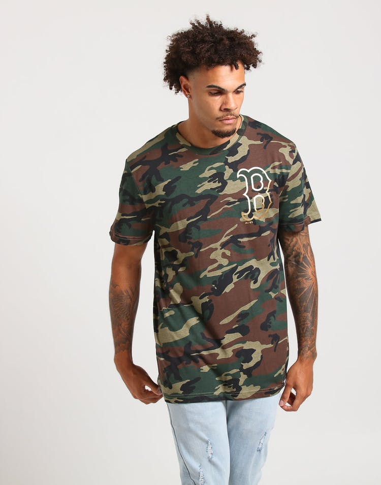 6965a6eb Majestic Athletic Boston Red Sox Chesney Tee Woodland Camo