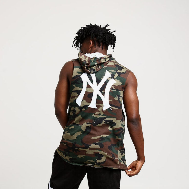 Majestic Athletic New York Yankees Vincennes Muscle Hood Green Camo