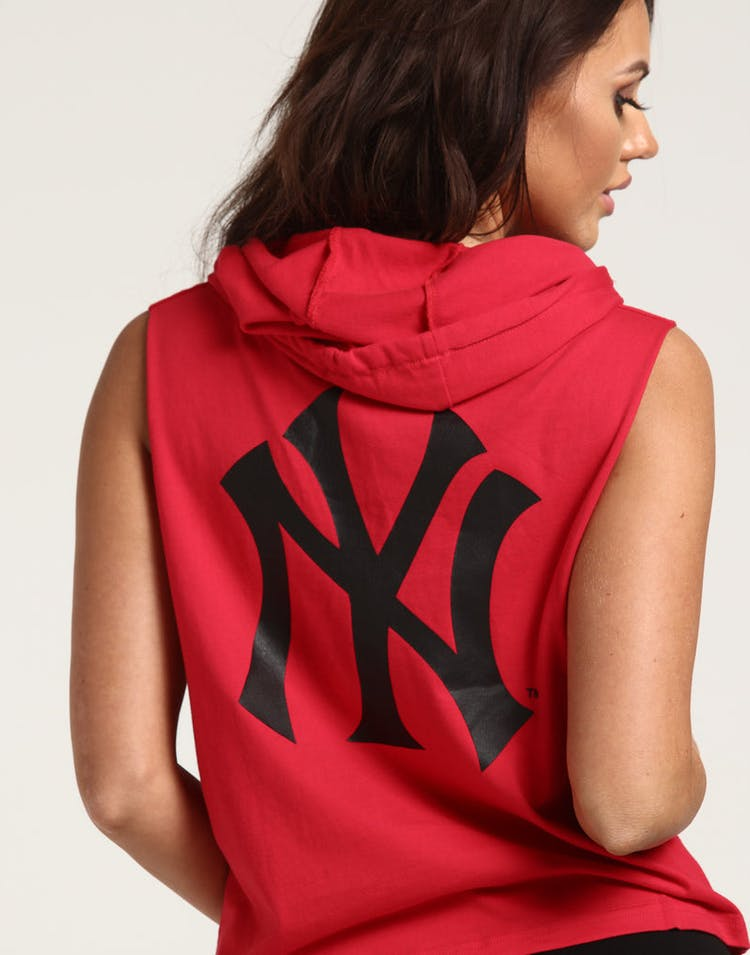 free shipping 3b89c 505e7 Majestic Athletic Women's New York Yankees Leana Hooded Muscle Crimson