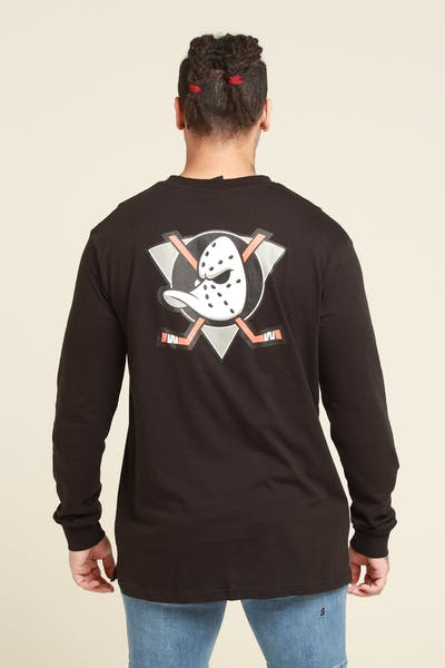 Majestic Athletic Anaheim Ducks NHL C Crest L/S Tee Black