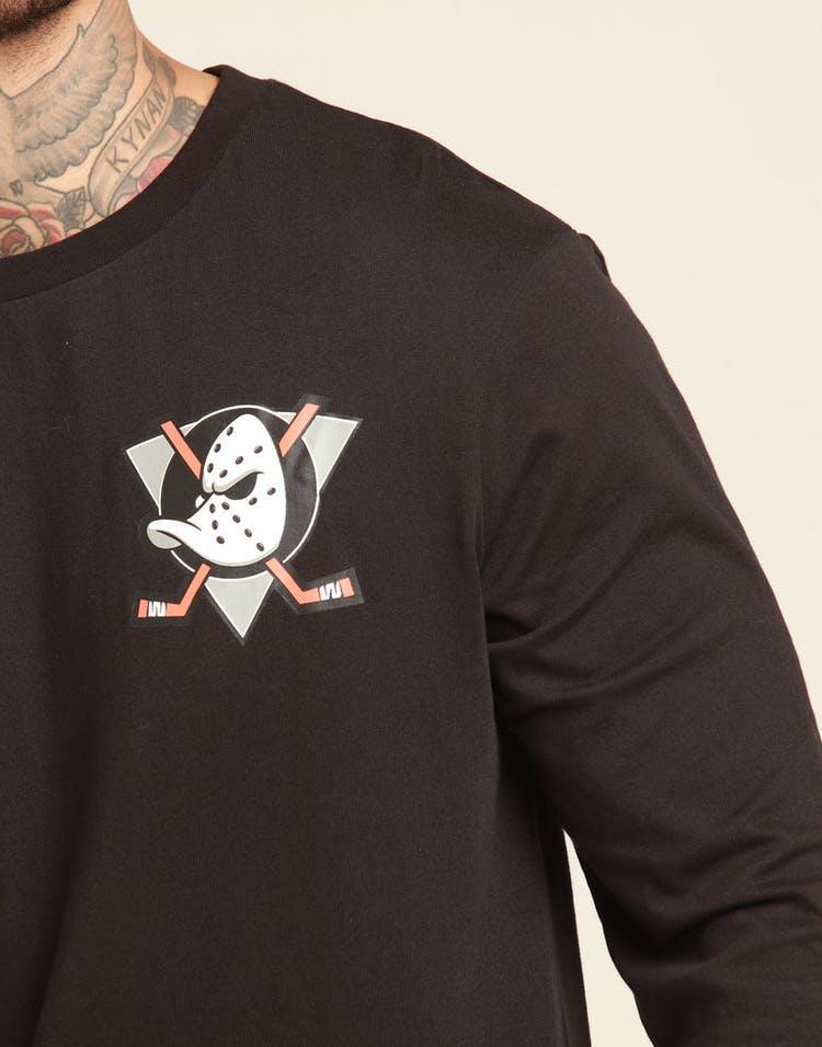 online store 5dffa dc2ad Majestic Athletic Anaheim Ducks NHL C Crest L/S Tee Black