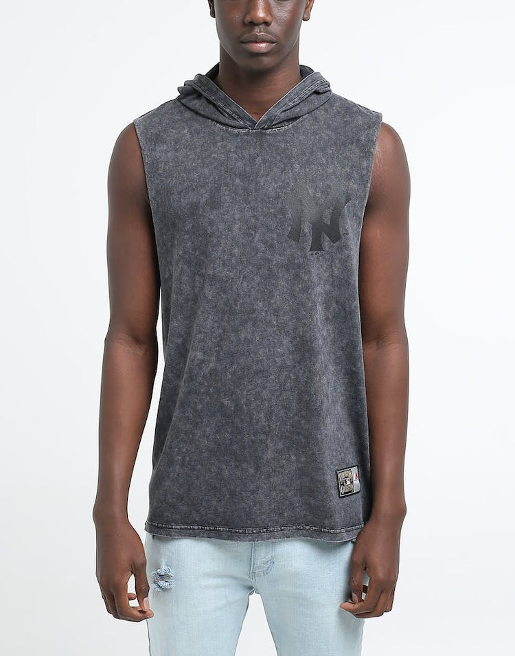 huge discount 87f72 f1f3e Majestic Athletic New York Yankees Vincennes Muscle Hood Stone Black