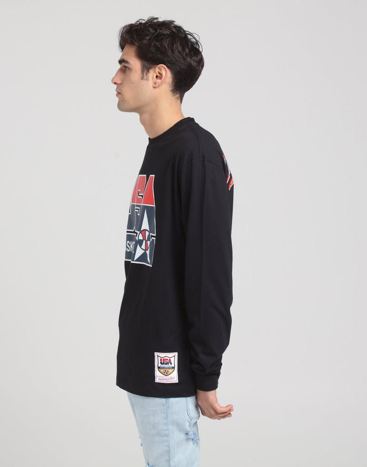 Mitchell & Ness USA '92 Dream Team BBall LS Tee Black