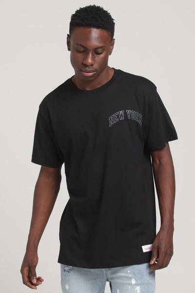 Mitchell & Ness New York Knicks Tonal Wordmark SS Tee Black