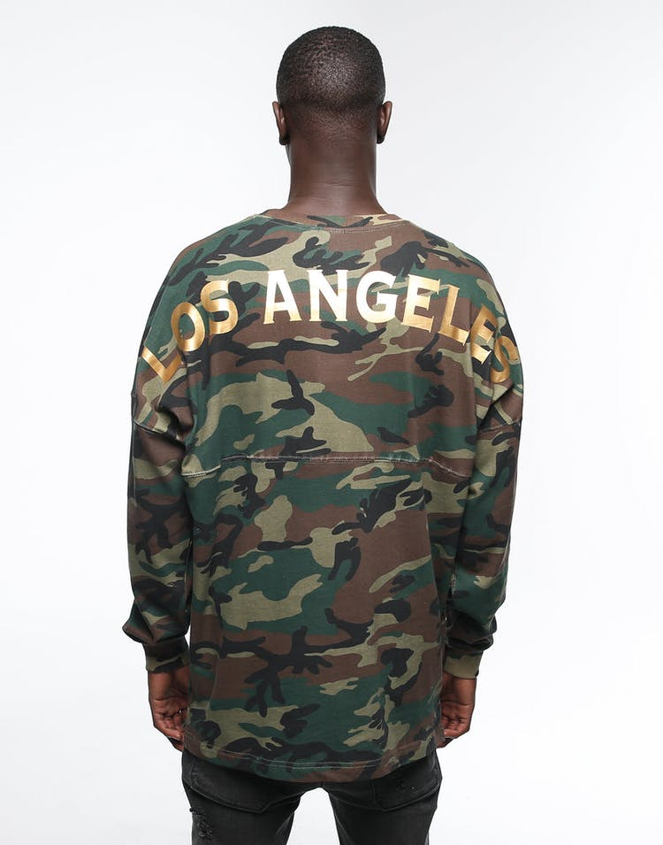 MAJESTIC ATHLETIC LA RANDO OVERSIZED LONG SLEEVE TEE CAMO/GOLD