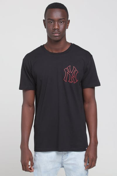 Majestic Athletic New York Yankees Outline SS Tee Black/Red