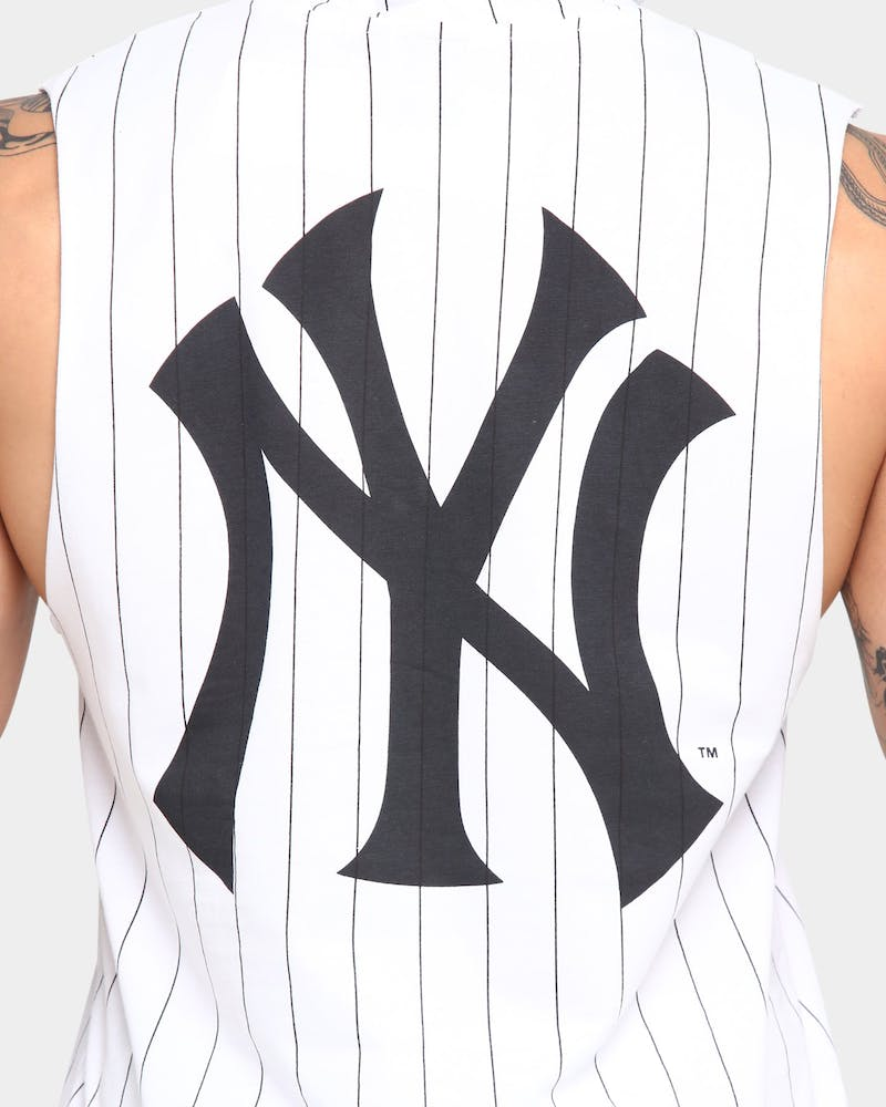 Majestic Athletic Men's New York Yankees Vincennes Hooded Muscle White Pinstripe