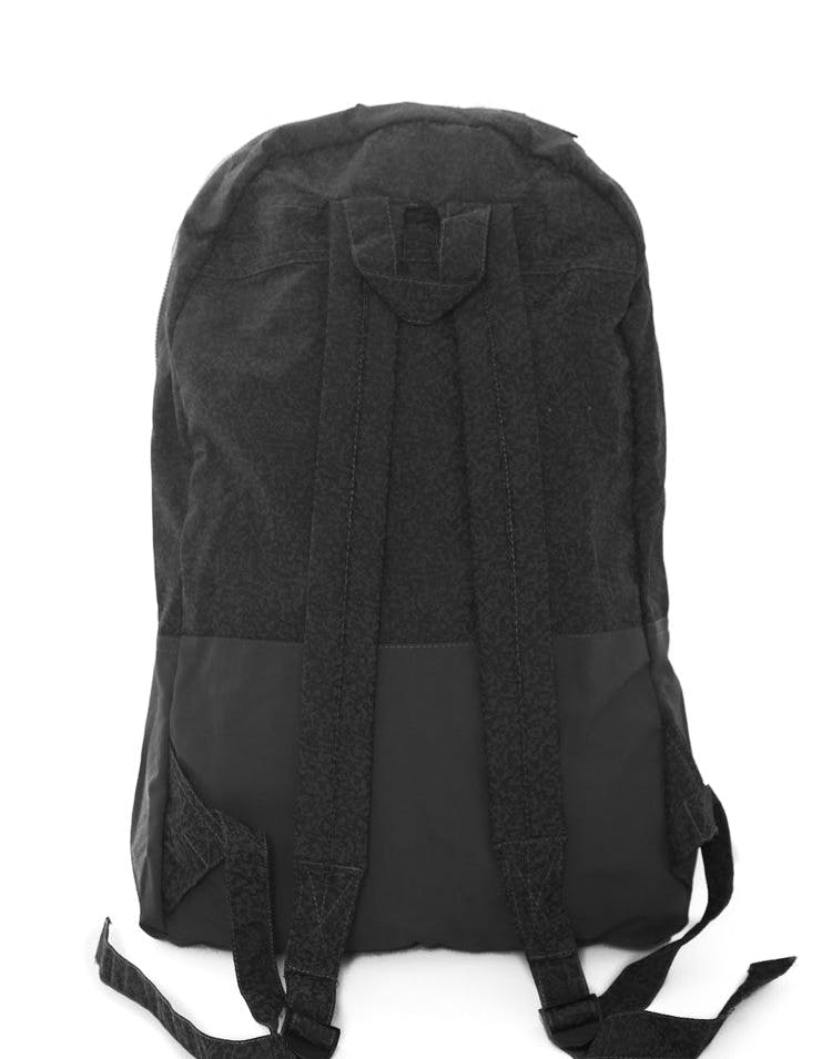 Grit Nylon Beachpack Black