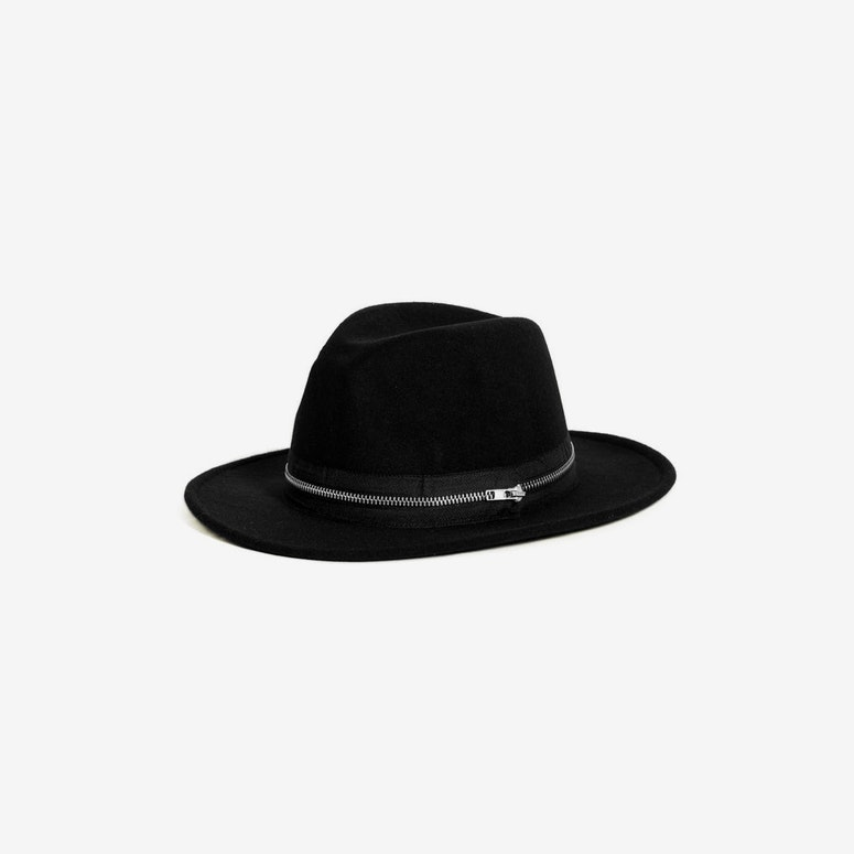 Zip Fedora Black