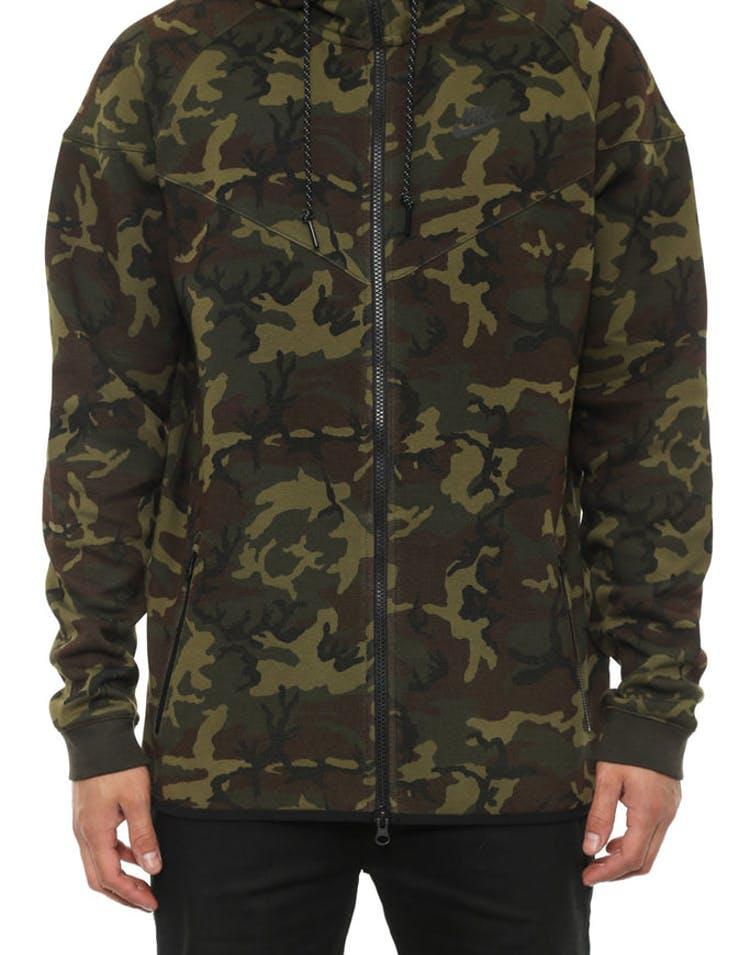 b44749a31dd1 Nike Tech Fleece Windrunner Camo – Culture Kings