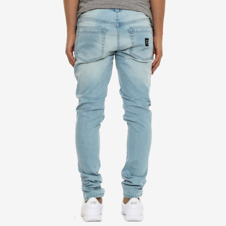 Courant Distress Knee Jean Light Blue