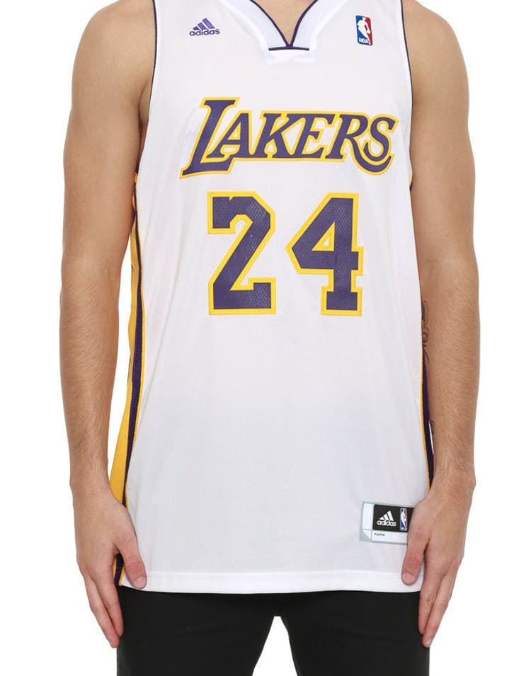 on sale f0ff6 0cd3f Lakers 24 Bryant Rev 30 White