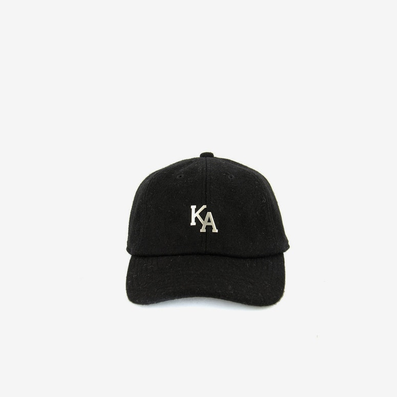 Letterman Curved Strapback Black