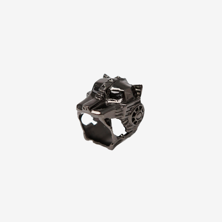 Lioness Ring Gunmetal