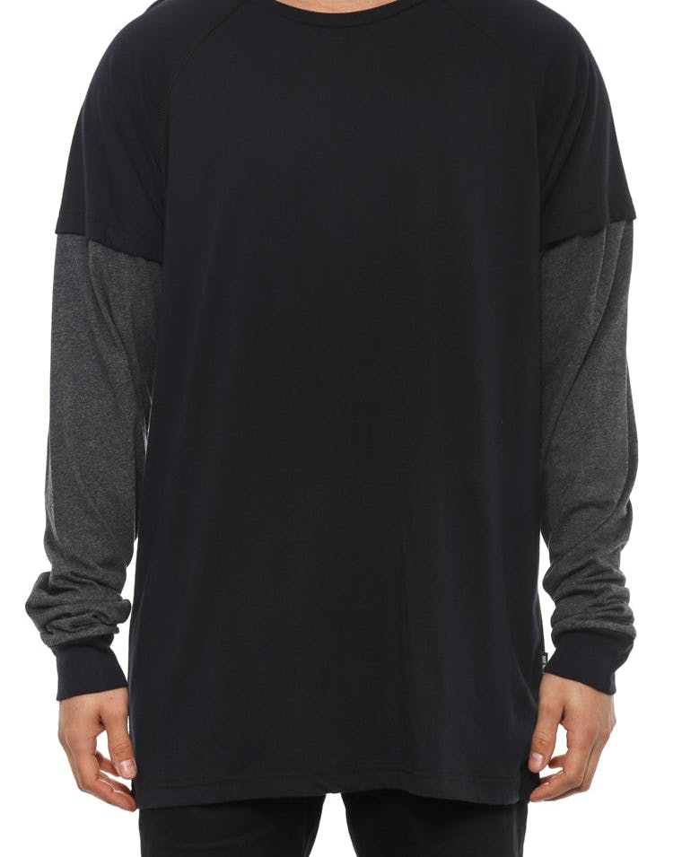 Moore Long Sleeve Tee Black/charcoal