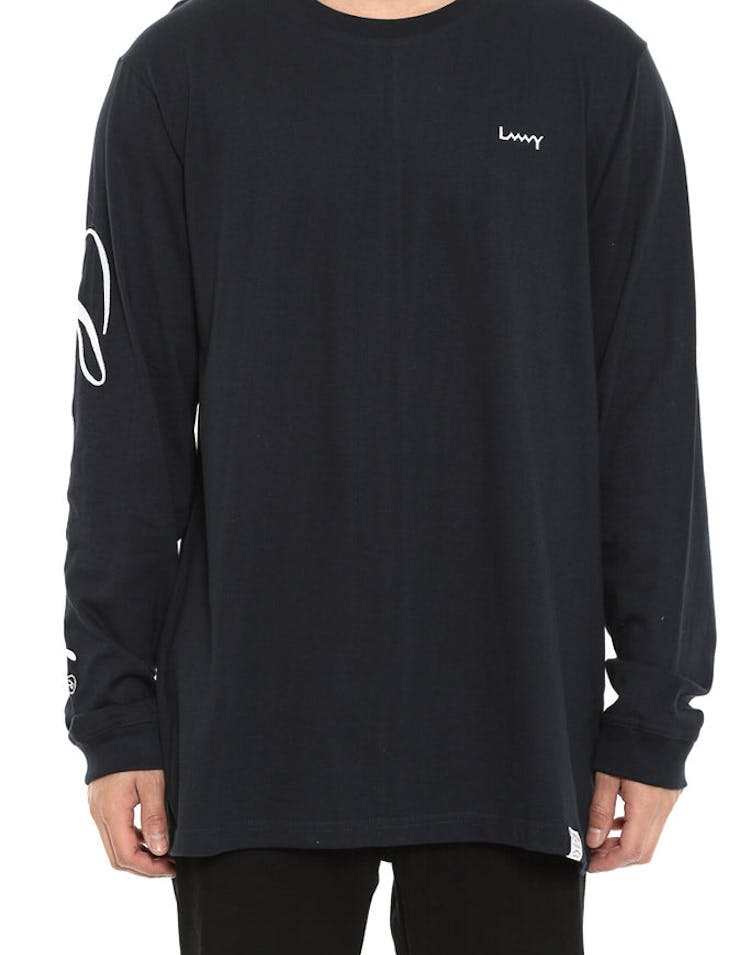 Script Qrs Long Sleeve Tee Navy