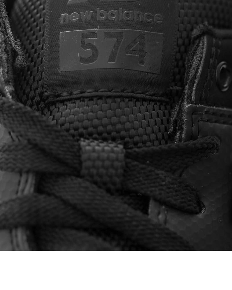Stealth 574 Black/white
